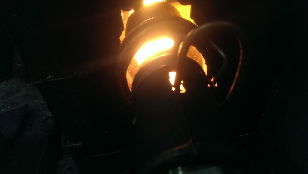Фотографии горелки на отработанном масле, изготовленной самостоятельно